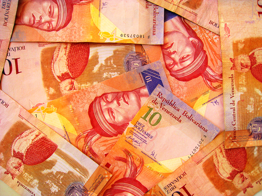 Venezuela Lets Bolivar Weaken in a Bid to Ease Shortages (based on Forexminute article)