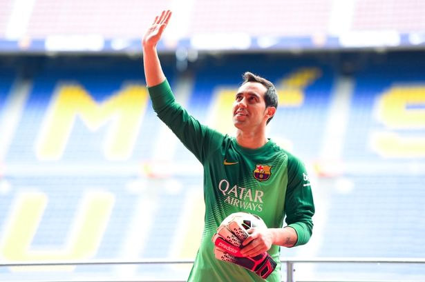 Barcelona have confirmed the signing of Chile's World Cup goalkeeper Claudio Bravo. http://www.mirror.co.uk/sport/football/transfer-news/barcelona-confirm-claudio-bravo-signing-3823879#ixzz36taM0QGB Follow