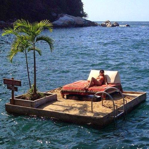 Floating Island, Colomitos Beach, Mexico. Makes me want to pack my bag and go visit there!