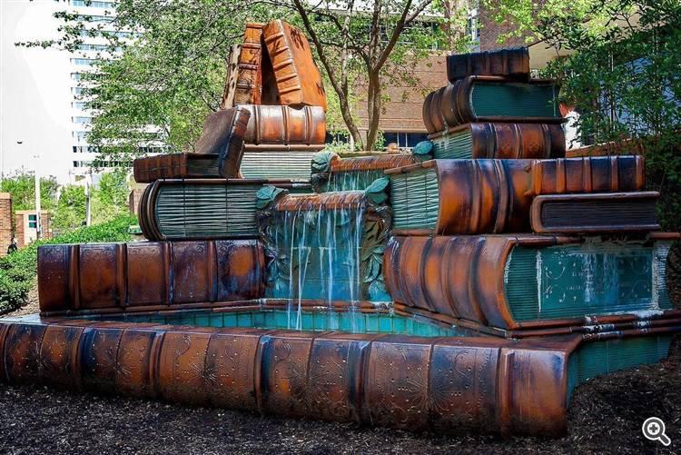 Fountain at the Cinncinati Public Library