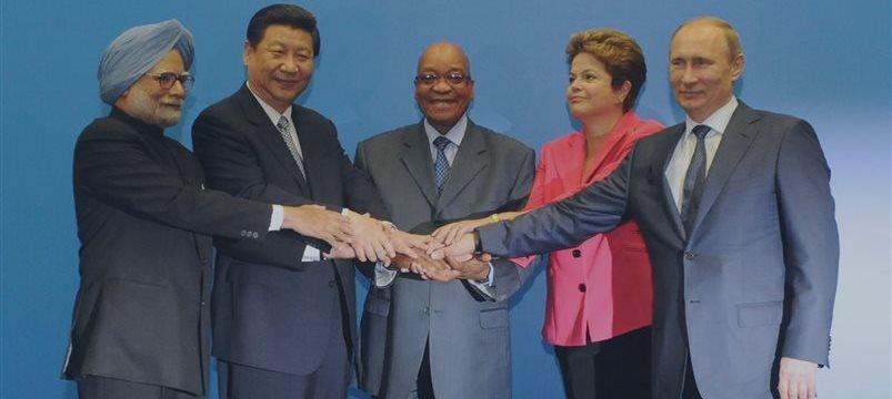 El capital autorizado del banco de desarollo BRICS será $ 100.000 millones