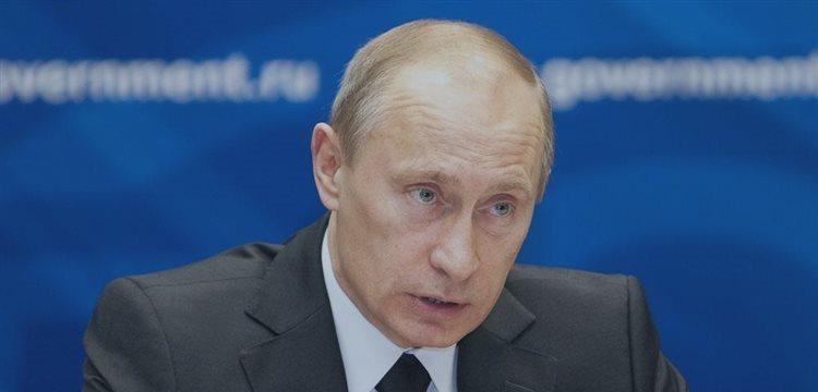 国际原油期货价格暴跌 普京警告全球经济或崩溃