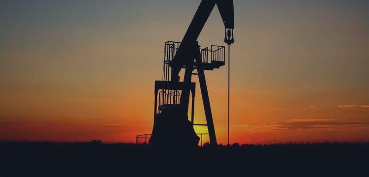 Baja el petróleo ante los temores de que Arabia Saudí reduzca los precios