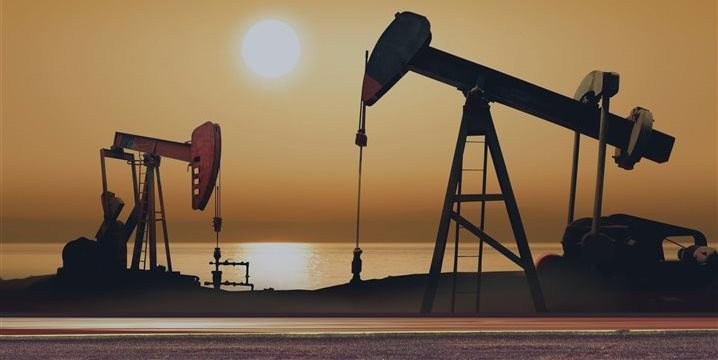 Petróleo fecha em queda em Nova York, a 93,35 dólares o barril