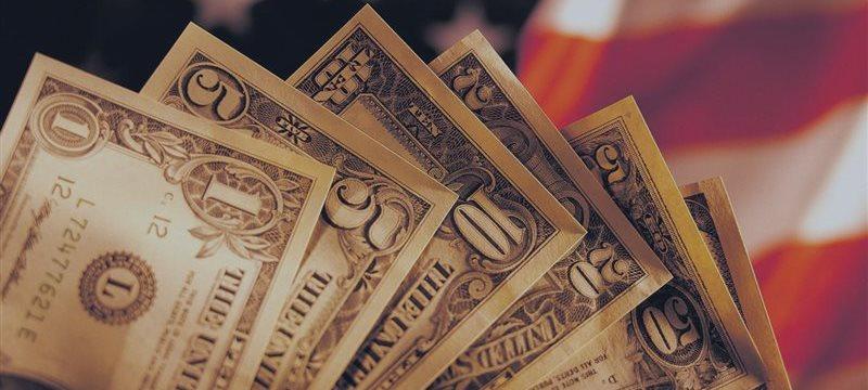 El dólar sufre una leve baja en Asia