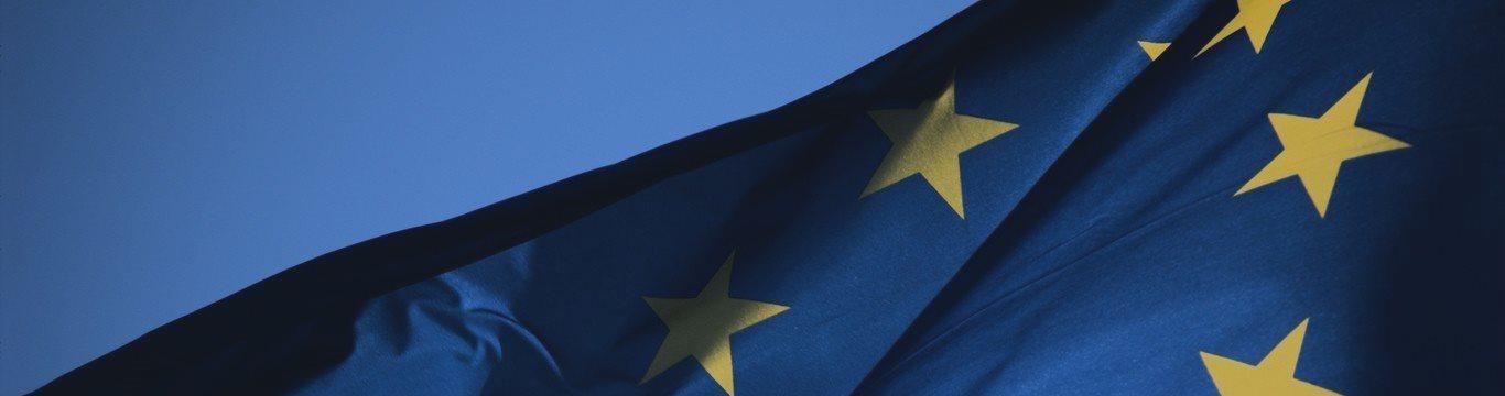 El euro avanza frente al dólar aunque sus ganancias son limitadas