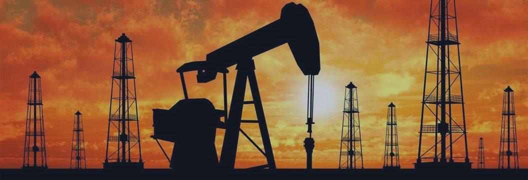Petróleo, presionado por datos en Europa y China, cae por debajo de 78 dlrs