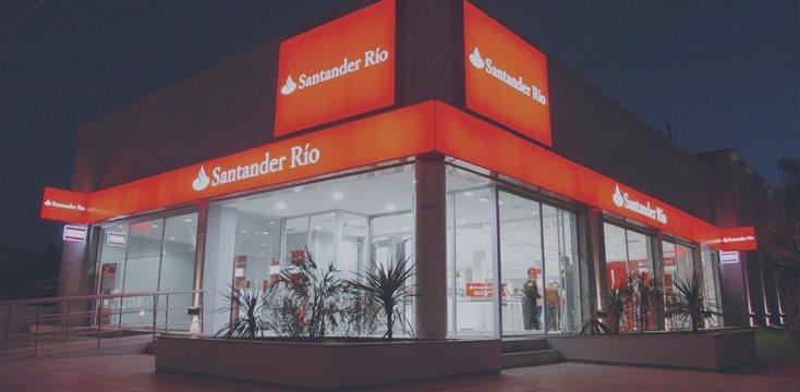 Economía de Brasil empeorará si reeligen a Dilma Rousseff, dijo banco Santander a clientes