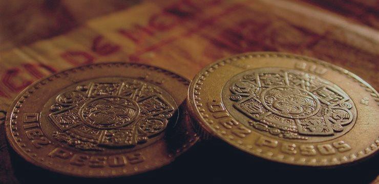 El peso mexicano siguió cayendo