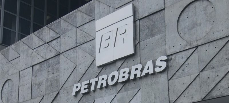 Petrobras se hunde y lleva al Ibovespa a los mínimos desde el marzo