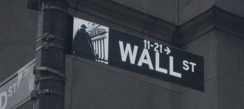 华尔街恢复对华盛顿影响力