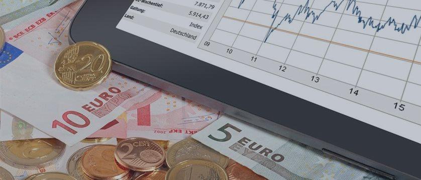 El euro sube en Fráncfort, el rublo sube con respecto al dólar y al euro