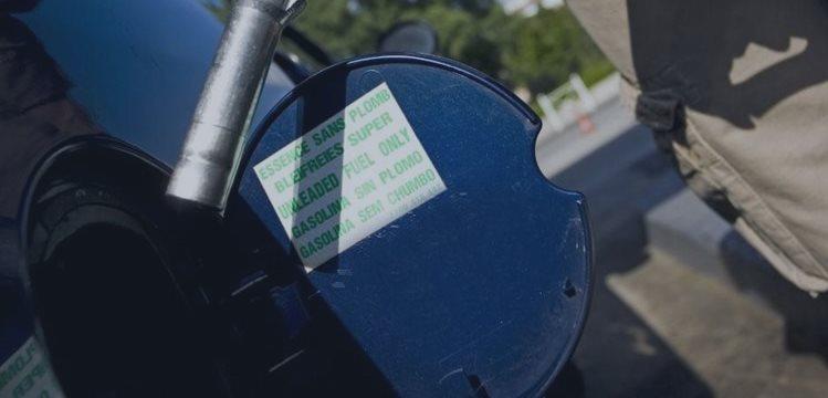 Obama advierte que los precios de la gasolina no se mantendrán siempre bajos