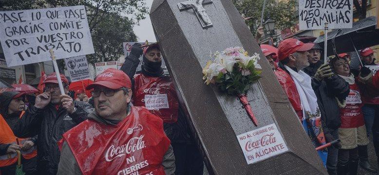 Coca-Cola demitirá 1.800 trabalhadores no mundo todo