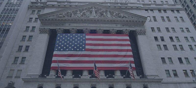 Traders noteamericanos pasan de acciones a opciones