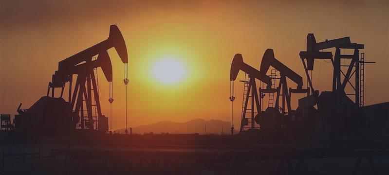 Petróleo Bruto e Brent, Previsão para 10 de Fevereiro de 2015, Análise Fundamental
