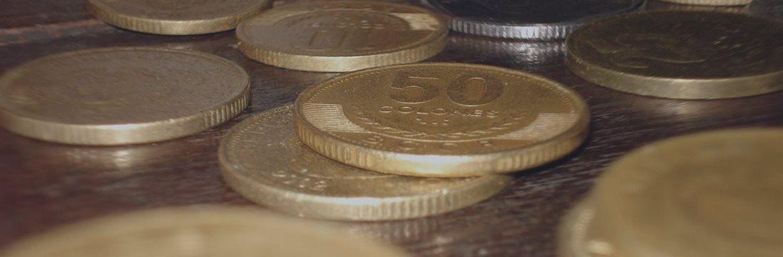 'Costa Rica tiene un déficit fiscal alto y la deuda sigue subiendo'