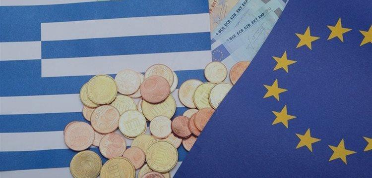 Давление ЕЦБ на Грецию показывает, как регулятор боится за банковские средства
