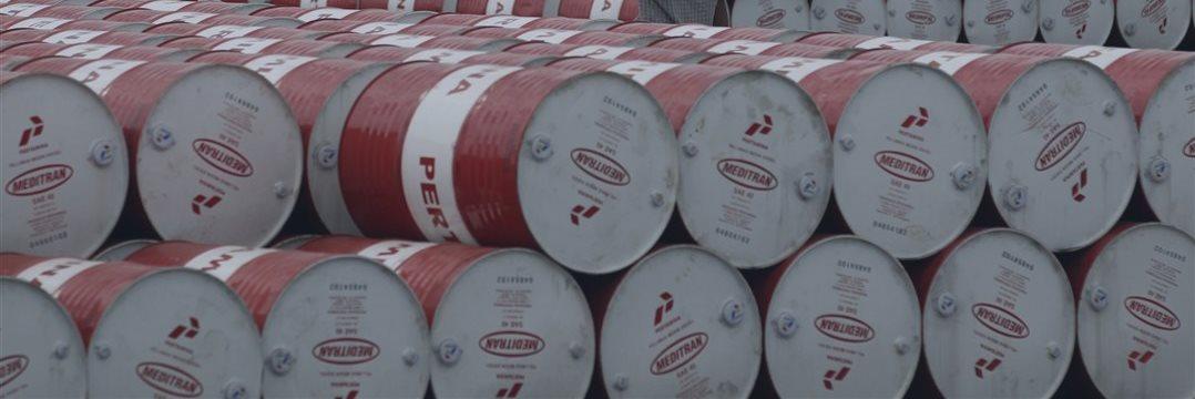 Las reservas récord en EEUU vuelven a desinflar el precio del petróleo