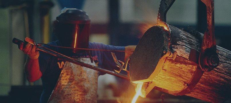 Siderúrgicas chinesas dizem que há mais fechamentos pela frente e minério de ferro cairá mais