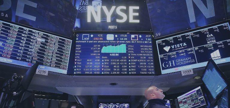 EUA registram desaceleração do crescimento no quarto trimestre