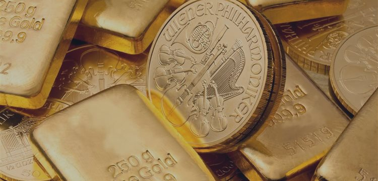 Gold starts April with rise as greenback seen weak