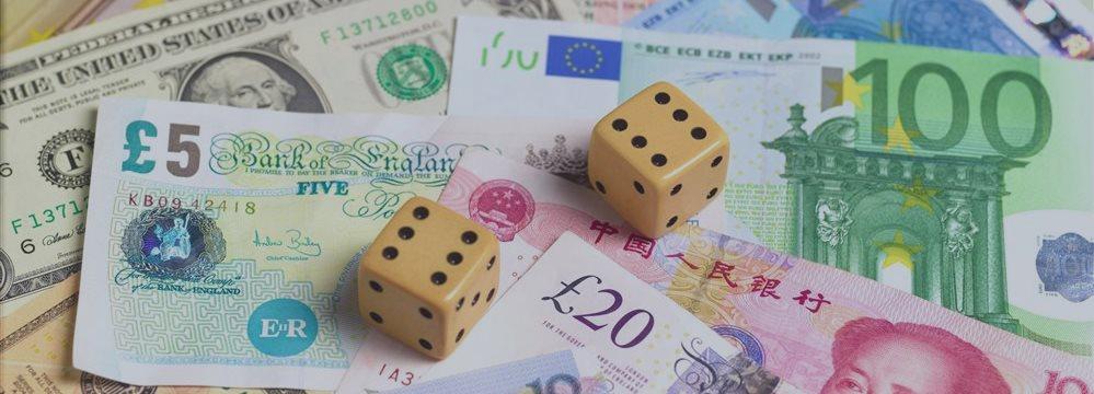 Доллар снижается, евро укрепляется на статистических данных