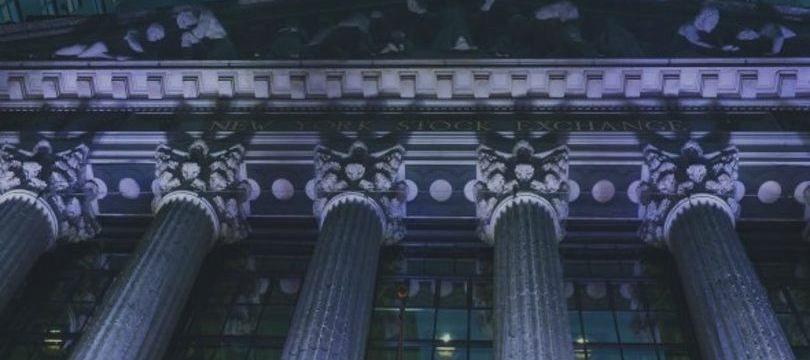 Bolsas fecham em alta em NY à espera do relatório de empregos nesta sexta-feira