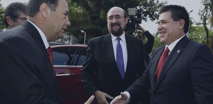 """Cartes extiende una """"alfombra roja"""" a empresarios en una reunión con la Cámara de Comercio española"""