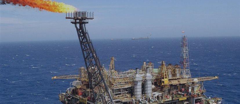 Petrobras revela 2 descobertas de indícios de óleo no ES