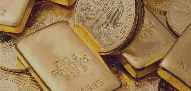 Gold extends gains Monday, as jobs report continues to weigh
