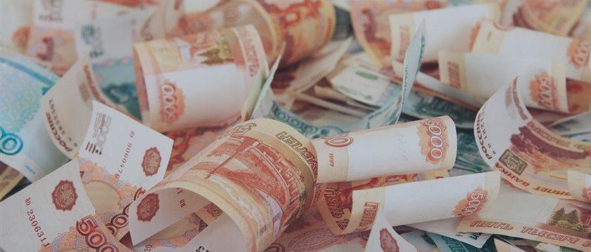 Рубль укрепился на фоне растущей нефти