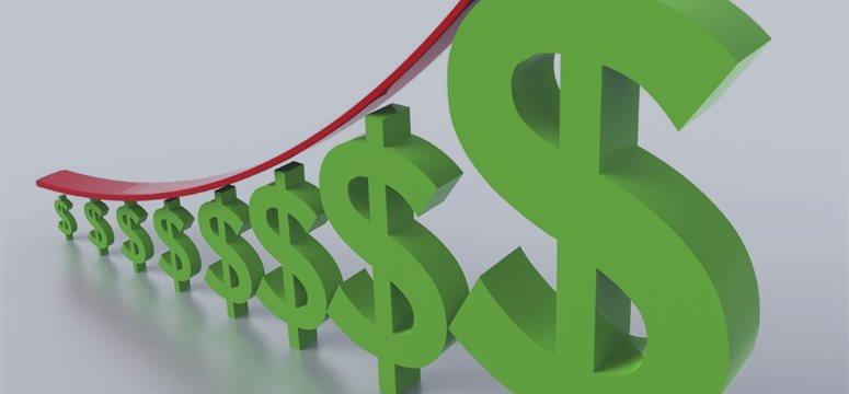 Доллар начал возвращать сданные в пятницу позиции