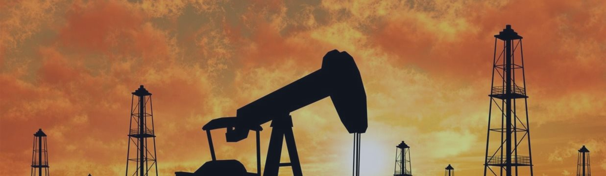 Нефть отошла от рекордов 2015 года, но Brent подскочила на 9,6% за неделю