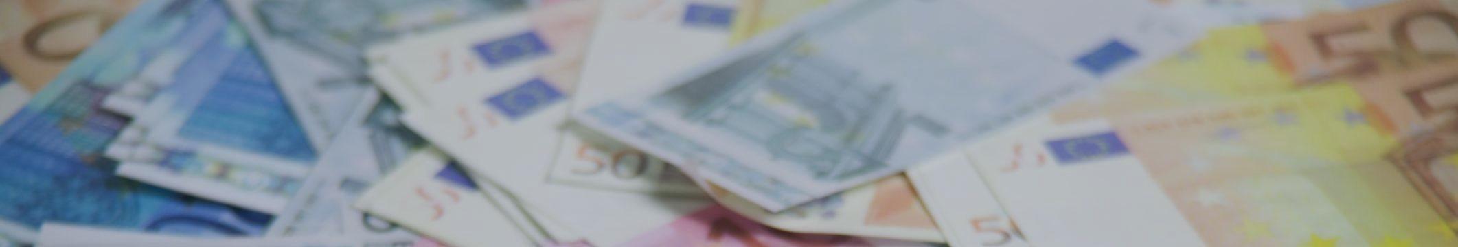 Евро и доллар идут вниз