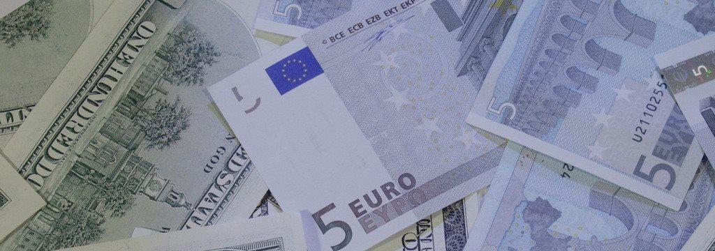 全球经济暗淡 欧元美元两极分化