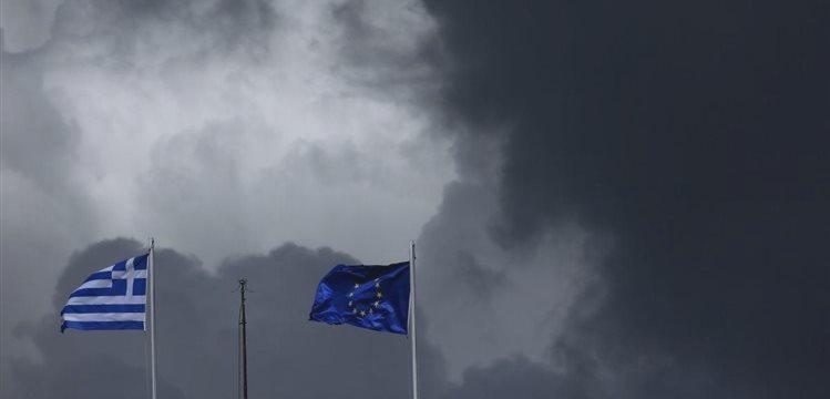 Никто не хочет оставлять своих отпечатков на орудии убийства Греции