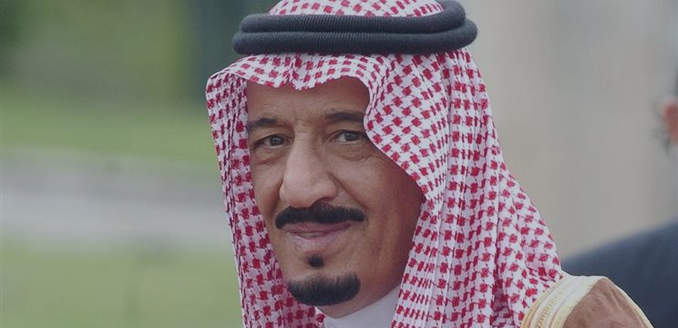 В Саудовской Аравии — неожиданные рокировки, но нефть все равно падает