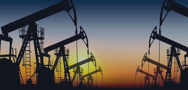 Нефть впервые в этом году поднялась выше $66 за баррель