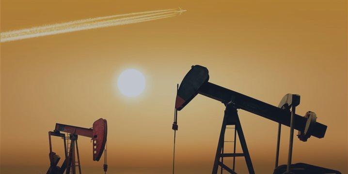 Нефть дешевеет: на Ближнем Востоке возможно перемирие