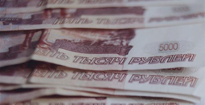 Рубль укрепляется против доллара и евро во вторник утром