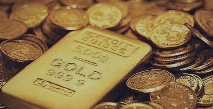 Золото подешевело в ожидании решения греческого вопроса