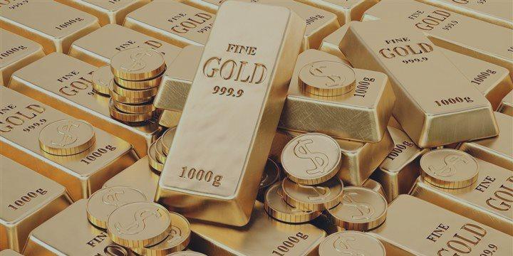 Золото сегодня растет на падении курса доллара и снижении европейских акций