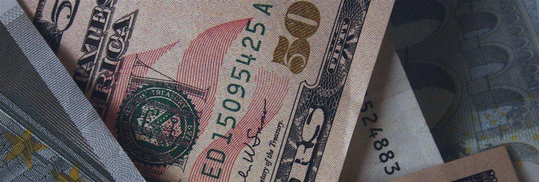 Dollar broadly lower ahead of fresh data; Pound erases gains