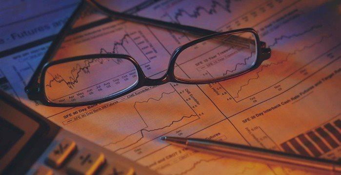 В пятницу Америка начала торги разнонаправленно: Nasdaq растет, остальные падают