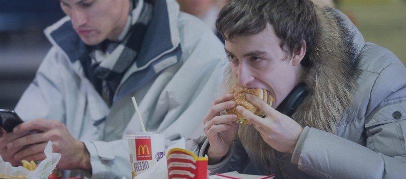Menos de dos 'Big Mac' a la hora o el problema del salario mínimo de EEUU