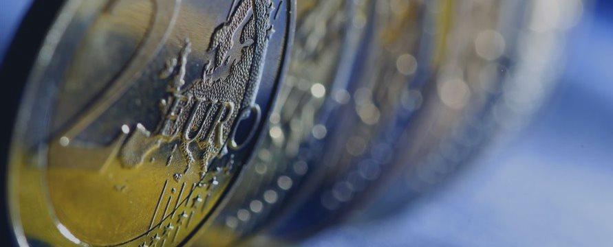 Индексы Европы торгуются смешанно на греческих колебаниях