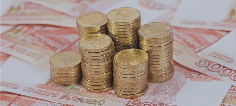 В среду на рубль давило множество факторов