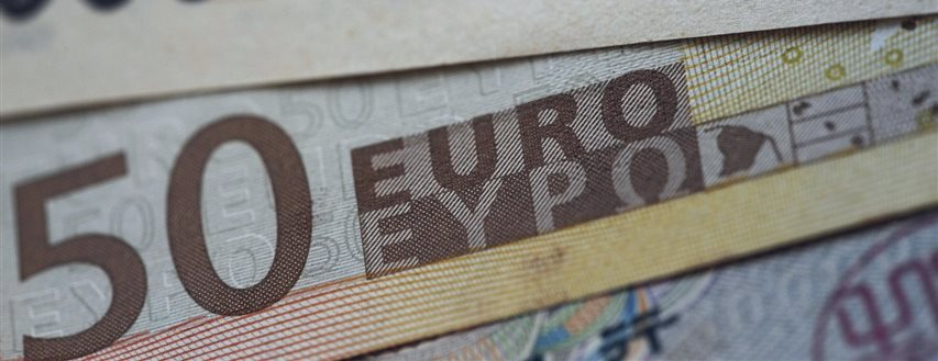 Euro hits five-month highs against yen in Asia trade; Aussie weaker