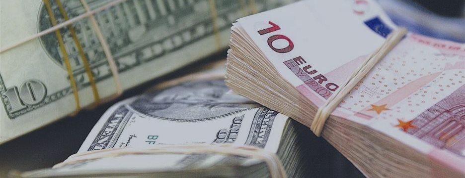 EUR/USD: Доллар укрепился на позитивных отчетах по рынку труда